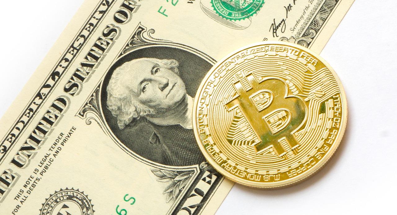 Bitcoin moet naar $213.000 om dollar te vervangen