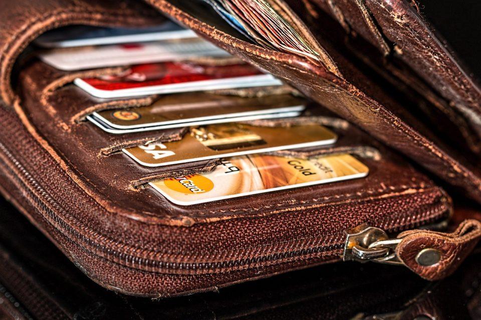 creditcard binance bitcoin crypto